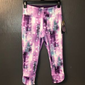 NEW Girls Avia Capri Leggings Size Large 10/12